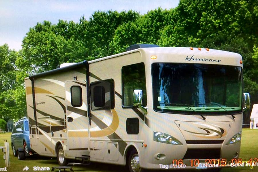 exterior 2015 Thor Motor Coach Hurricane North Las Vegas, NV