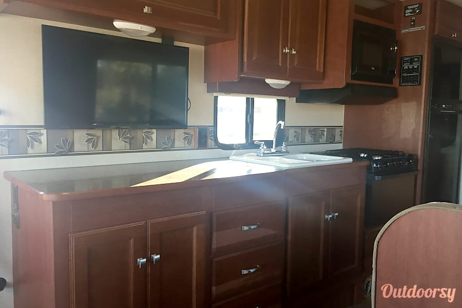 interior 2014 Winnebago Vista Orlando, FL