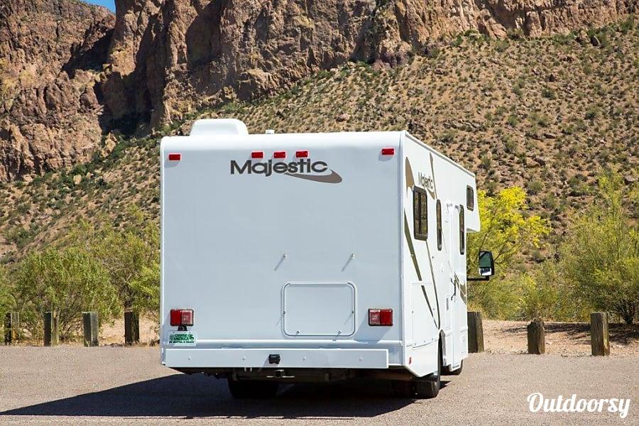 2013 Majestic Leisure Craft American Dream 25, 4 adults 2 Children! Frisco, TX