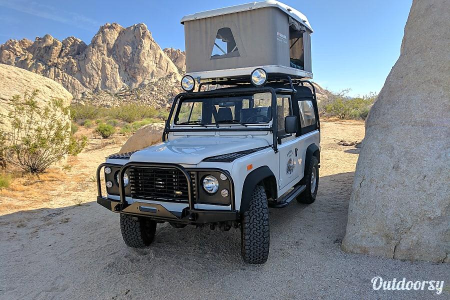exterior Land Rover Defender San Francisco, CA