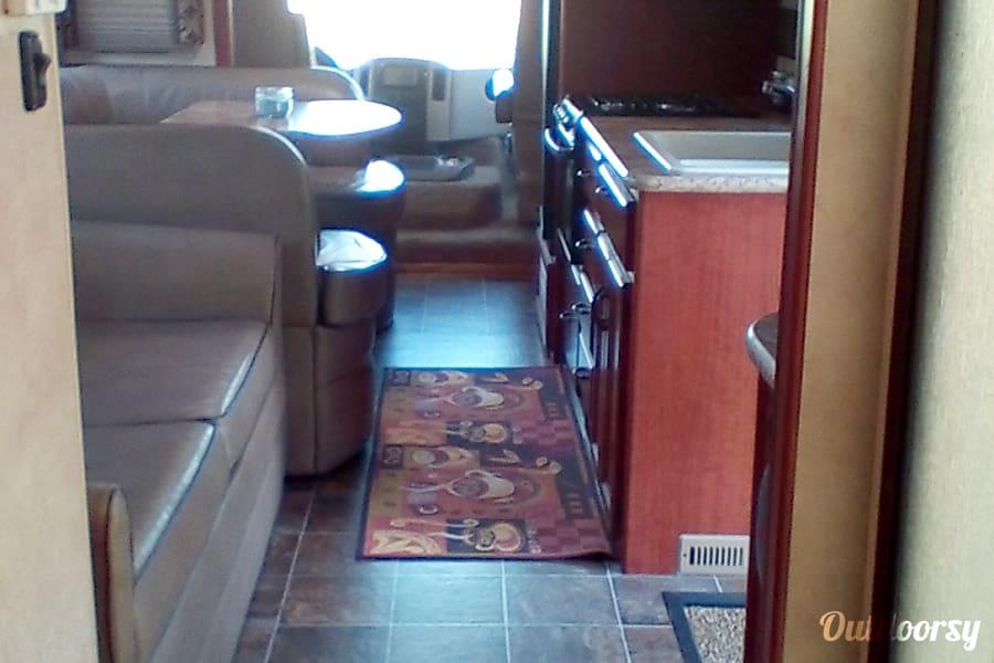 interior 2012 Thor Motor Coach Hurricane West Point, VA