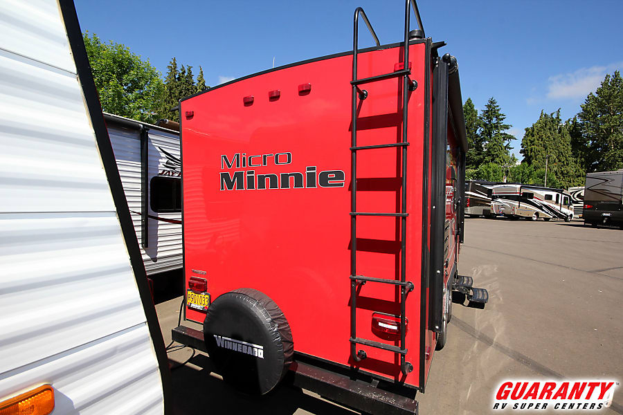 WINNEBAGO MICRO MINNIE 2106FBS Junction City, OR