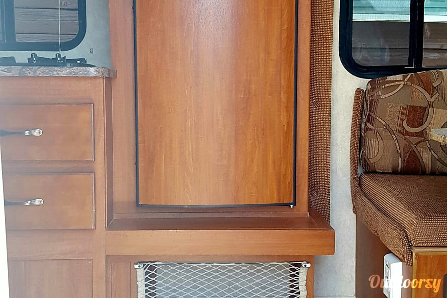 """2011 Forest River R-Pod """"SOLAR UNIT"""" 177 Durango, CO Great outdoor experience by getting away from it all! No microwave but 2 stove top burners will make you a warm cup of coffee or tea in the early morn!"""