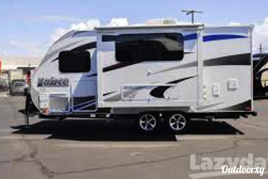 exterior 2014 Lance 1685 Tucson, AZ
