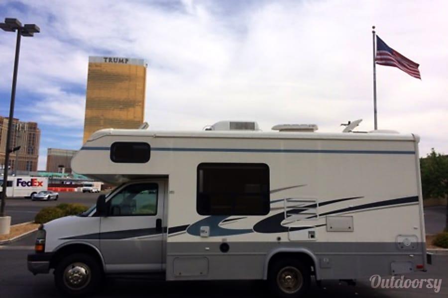 CHEVY 24FT CLASS C RV SLEEPS 6 DRIVES LIKE A CAR NICK NAME (SHORTY) Las Vegas, NV