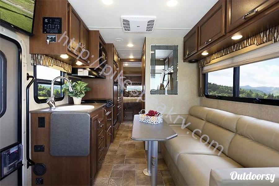 2016 Thor Motor Coach Vegas Eagle Mountain, Utah