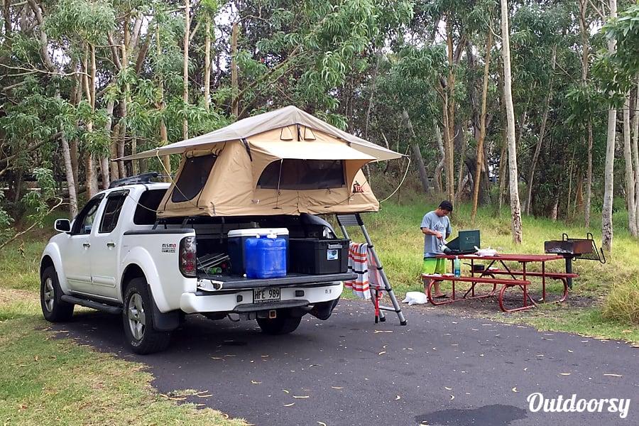 exterior Nissan Frontier NISMO 4WD Camper Hilo, HI