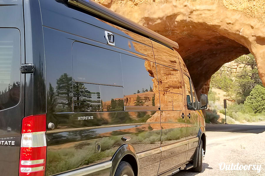 2014 AIRSTREAM INTERSTATE 9 Lounge Extended (Mercedes Benz 9 Passenger) Tenafly, New Jersey Red Canyon - Dixie National Forest
