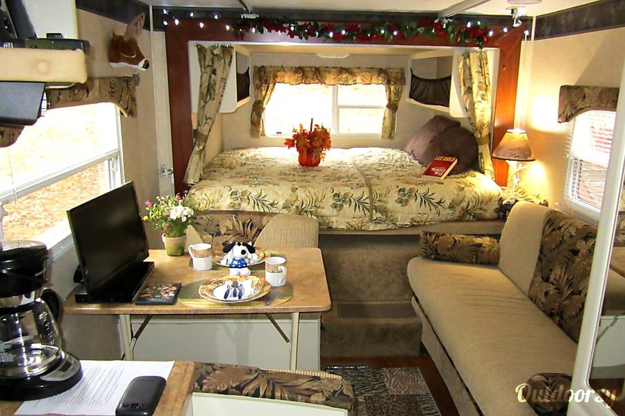 interior Keystone Outback Bunk House Richmond, VA