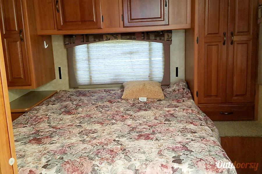 2009 Coachmen Sleep 8 Only 13k miles !! San Antonio, TX