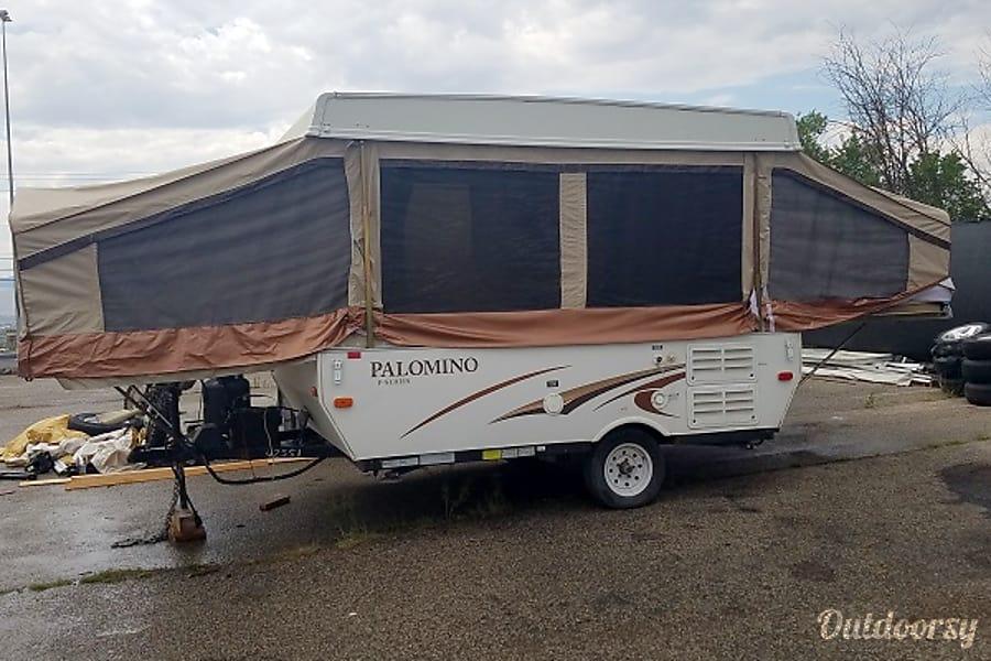 exterior 2013 Forest River Palomino 2100 Draper, UT