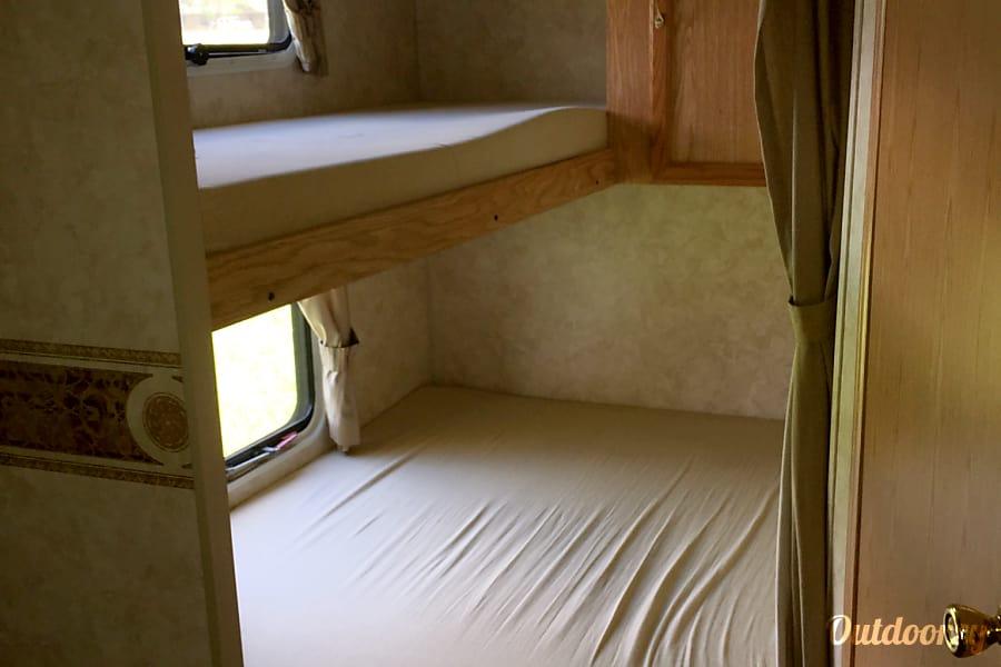 interior 2005 K-Z Manufacturing Jag Winnie, TX