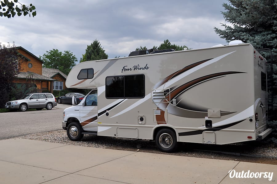 2017 Thor Motor Coach Four Winds Loveland, CO Easy to drive!
