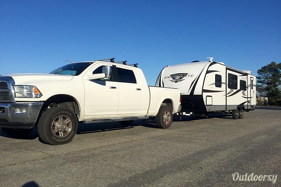 exterior 2017 Open Range Ultra Lite 2802BH Virginia Beach, VA