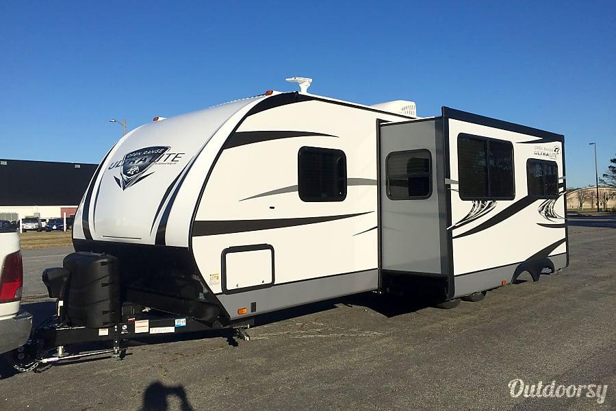 2017 Open Range Ultra Lite 2802BH Virginia Beach, Virginia