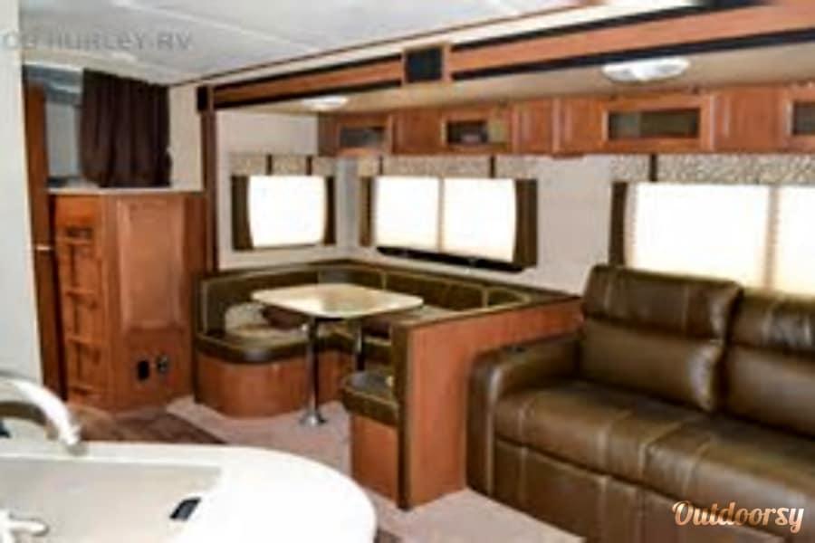 Family Friendly Value 2014 Aerolite Travel Trailer Pearland, Texas Looking back toward bunk area