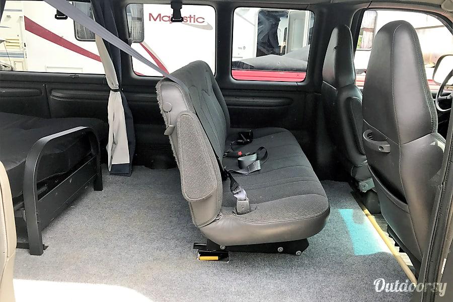 18 Chevrolet Express 3500 CHEV1801 Anchorage AK 01 Chevy Camper Van