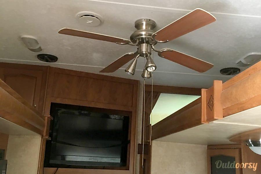 interior 2010 Keystone Raptor La Marque, TX