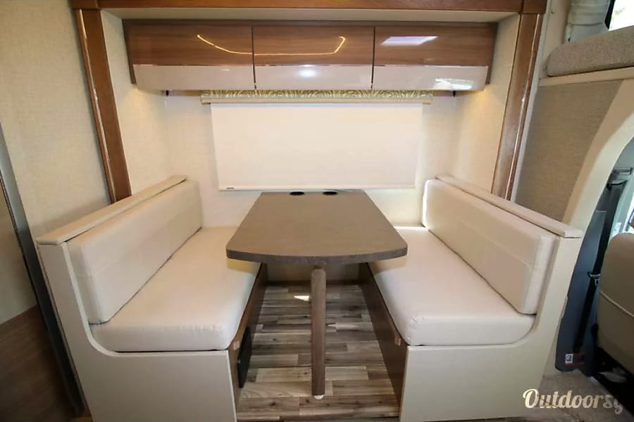 2017 Winnebago/Itasca Navion 24G San Jose, California can be made into a bed, 42 x 74