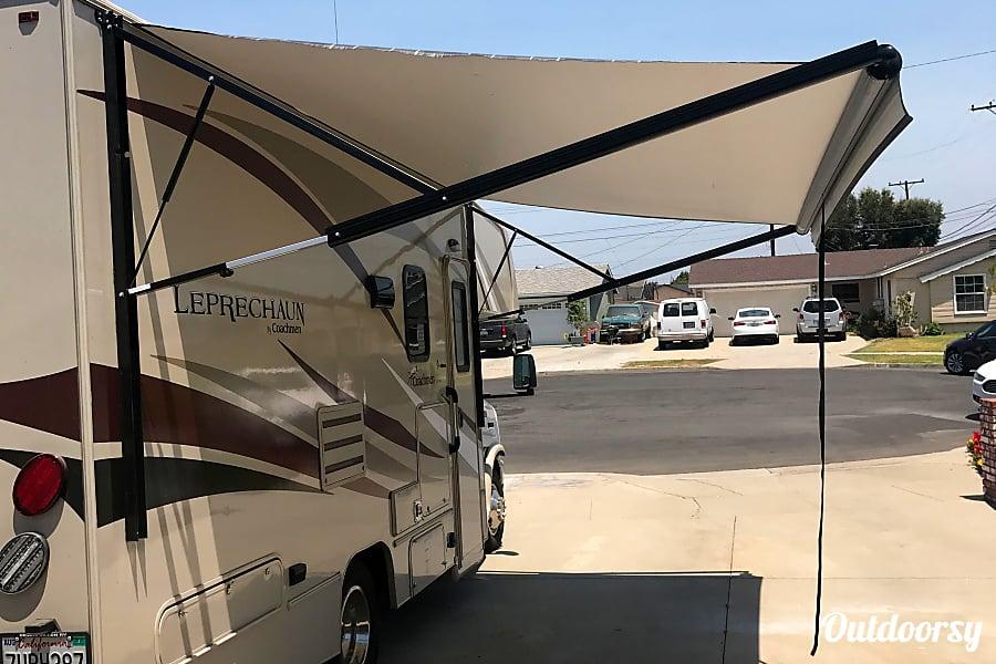 exterior 2017 Coachmen Leprechaun Buena Park, CA
