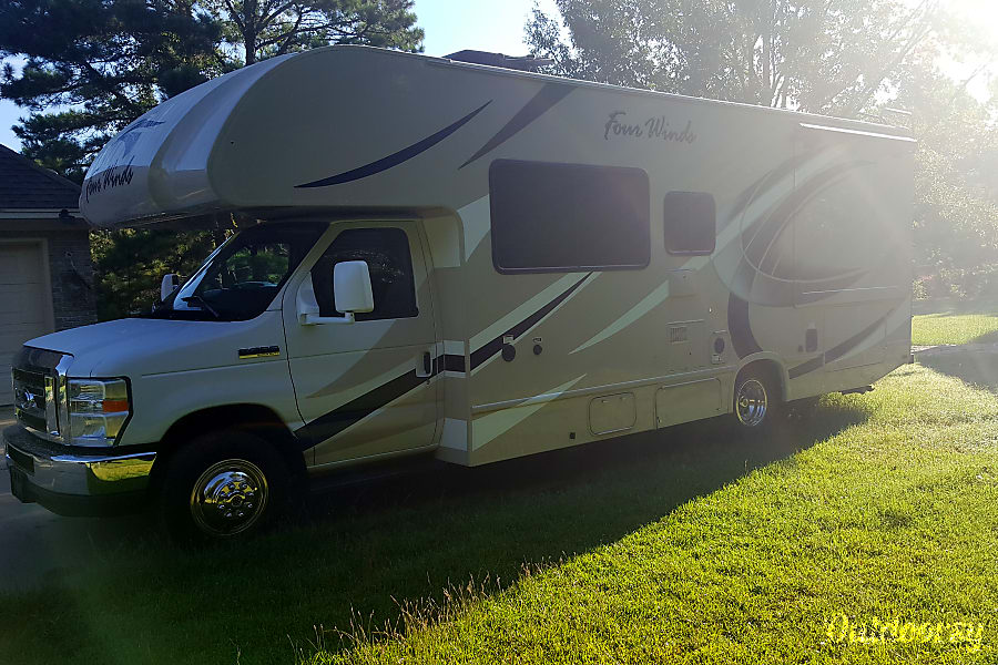 exterior 2018 Thor Motor Coach Four Winds Pike Road, AL