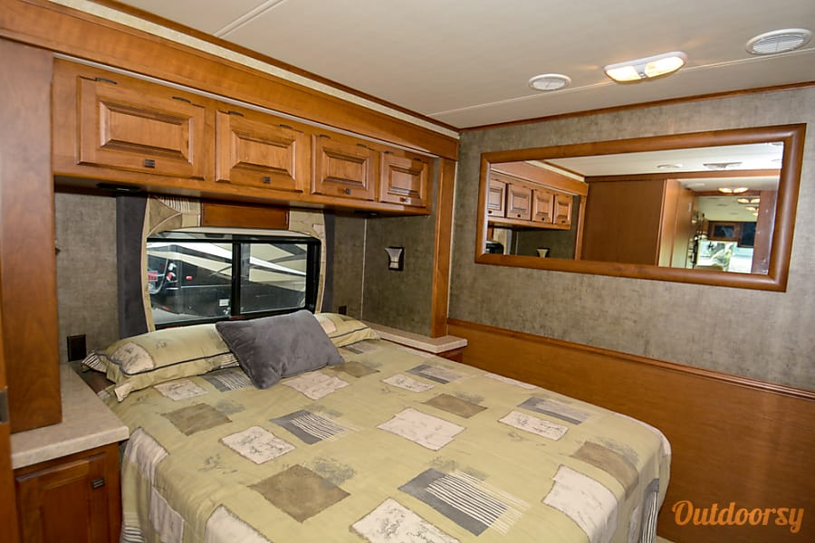 interior 2011 Tiffin Allegro Open Road with a Super Easy Ride suspension San Antonio, Texas