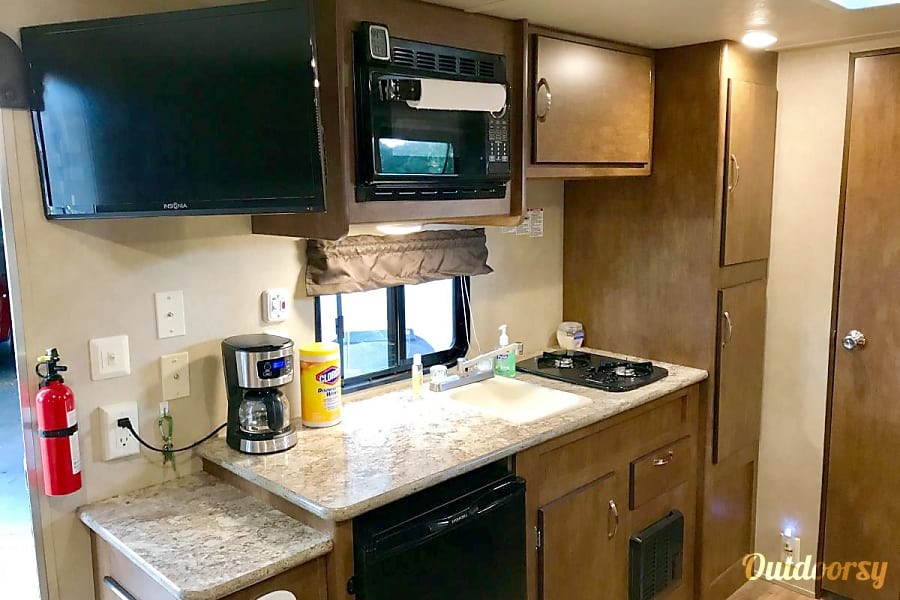 2016 Forest River Cruise Lite - 195BH Forest Lake, MN