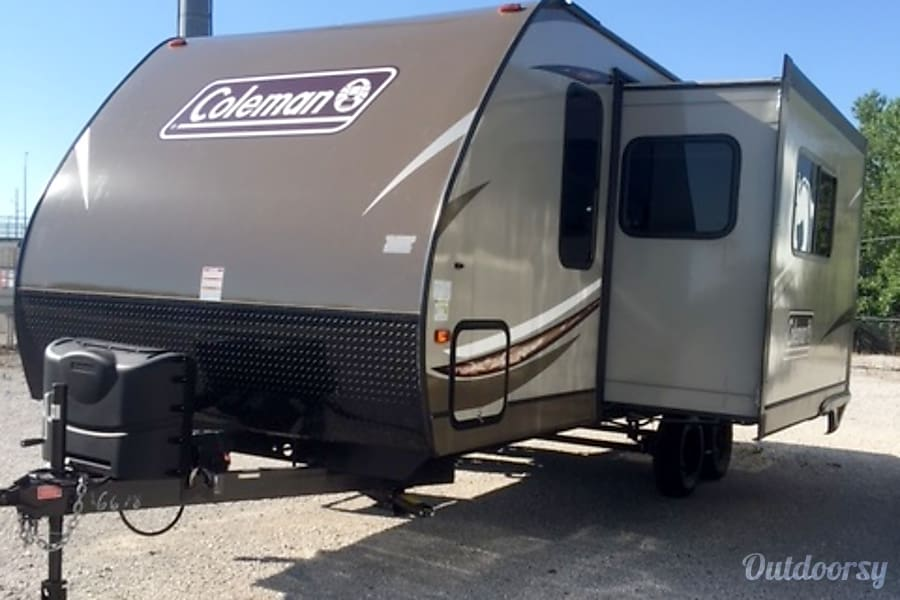 2017 Coleman 2155bh Trailer Rental In Riverside Mo
