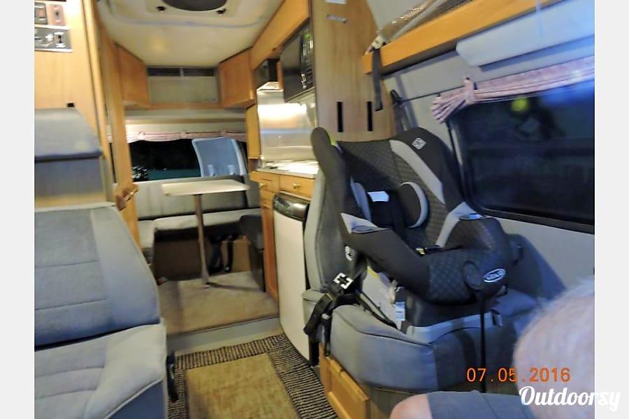 1997 Roadtrek 190 Versatile 4 Captains Chairs. Baby Seat Friendly.  Sleeps 4 Avon, Colorado