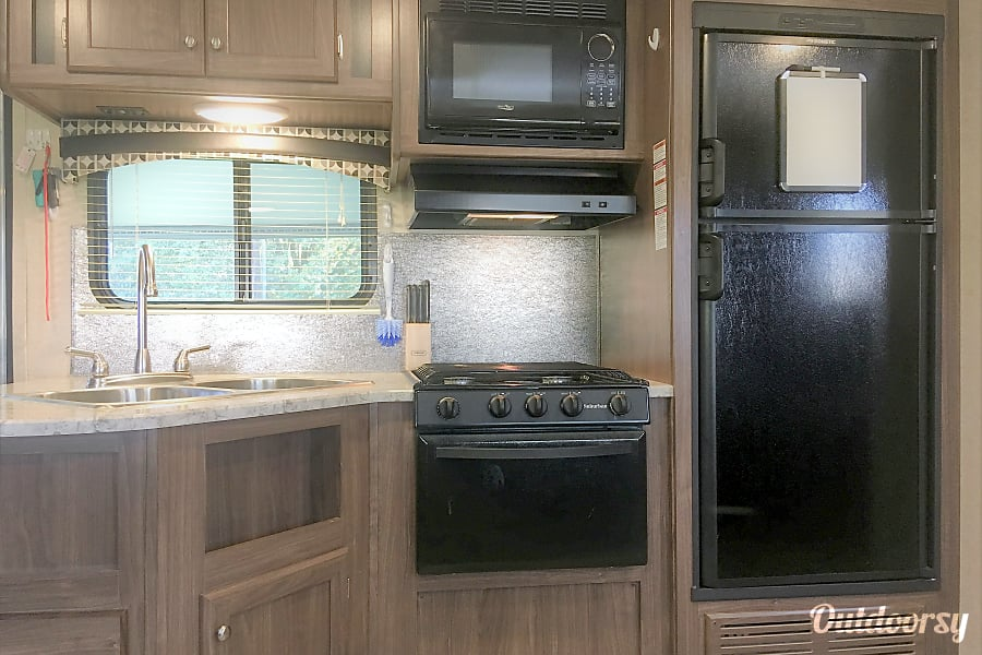 interior Spacious Luxury! (Delivery Available) Hillsborough, NC