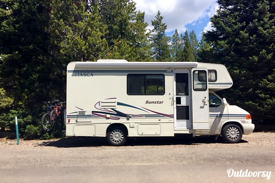 "My ""Itsy""... 2002 Itasca Sunstar Big Rapids, Michigan Photo from Fishing Bridge Campground in Yellowstone."