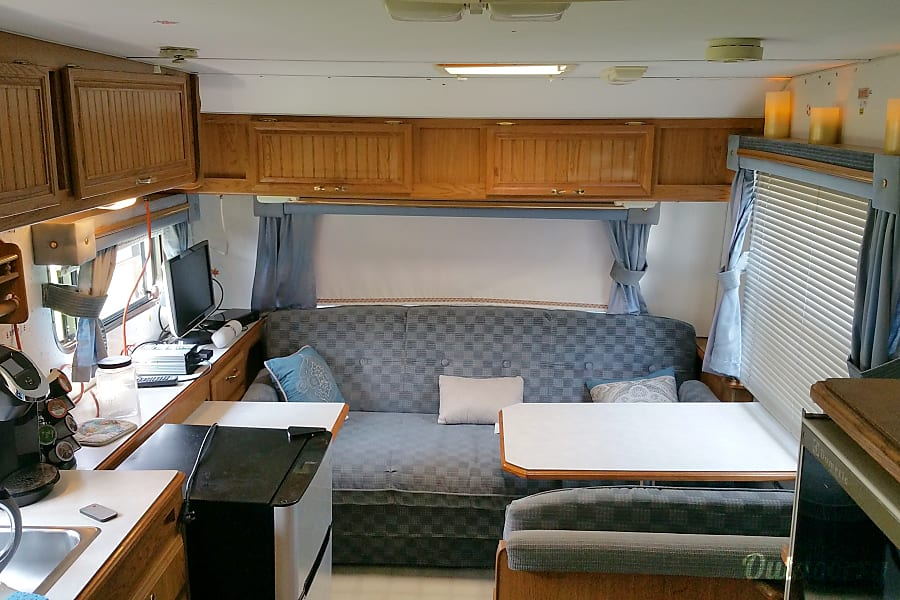interior 1993 Sunline 24 Foot King Of Prussia, PA