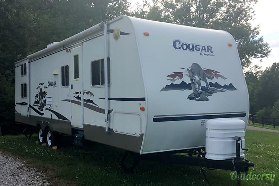 Keystone Cougar Bunk House with Super Slide - SLEEPS 10!  DELIVERED TO YOU! North Middletown, Kentucky