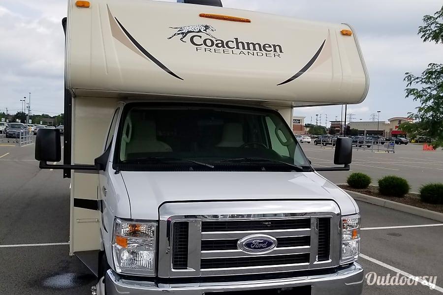 exterior 2018 Coachmen Freelander 31BH Dacula, GA