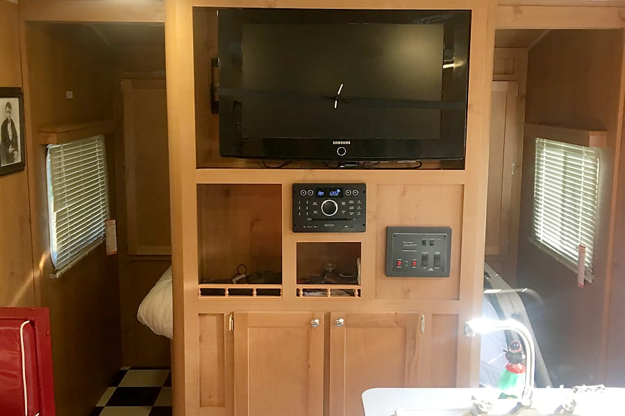 interior 2017 Riverside Rv Retro San Diego, CA