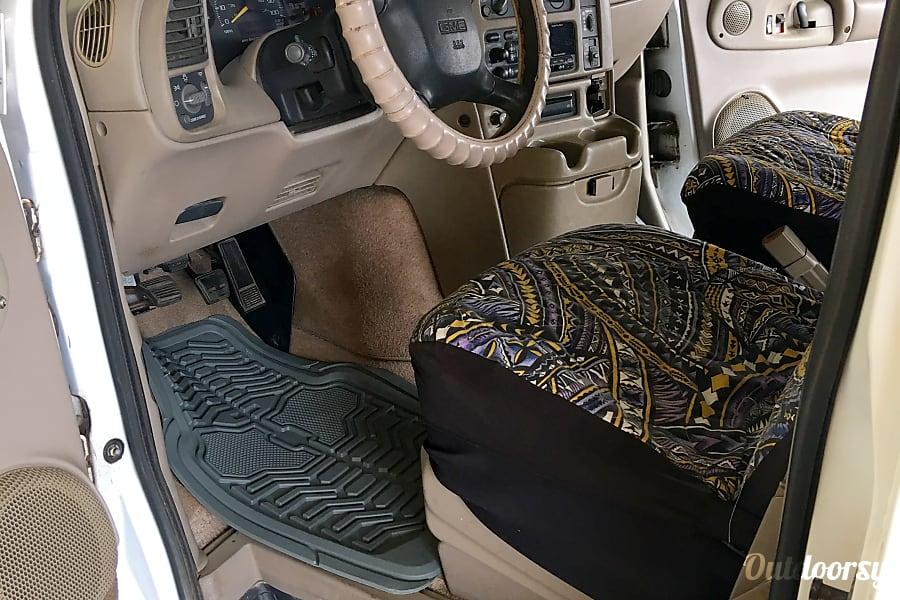 2000 GMC Safari - Kahului Kahului, HI