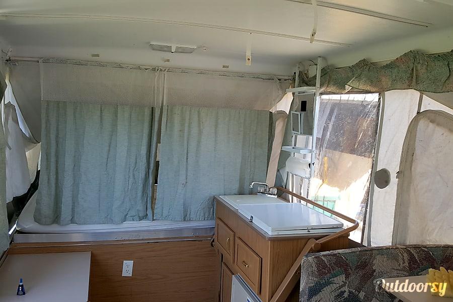 2000 coleman utah Oak Creek, WI
