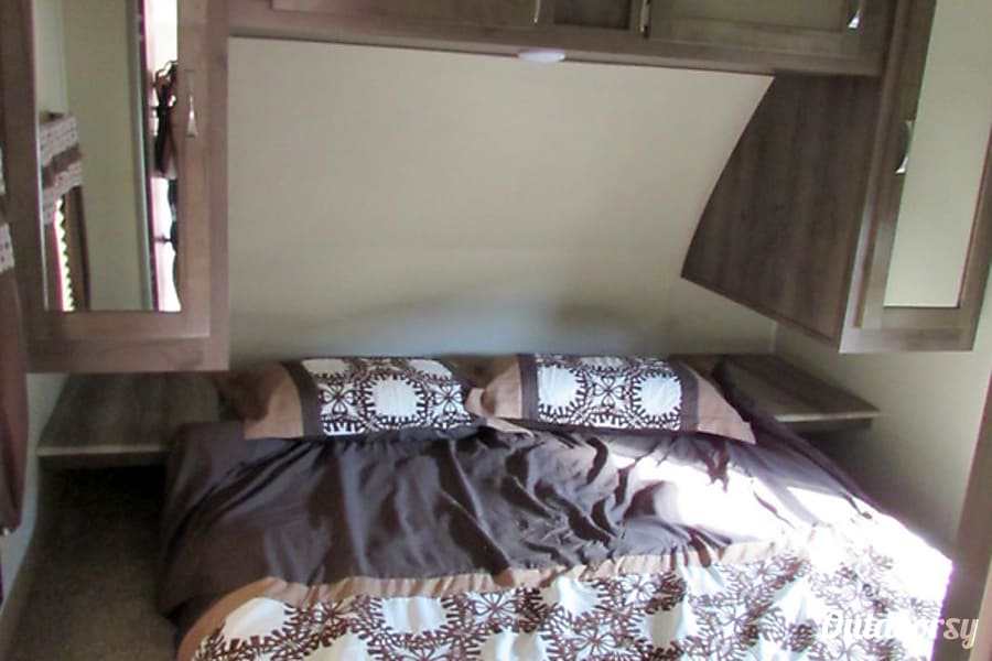 2017 Palomino Puma 28FQDB Jacksonville, Fl Queen Bed
