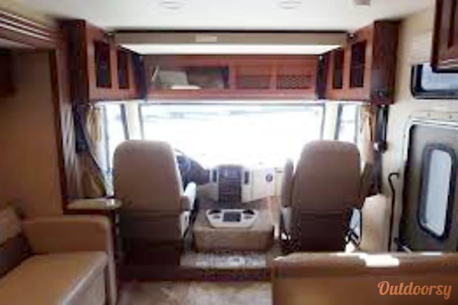 interior 2015 Thor Motor Coach A.C.E Placerville, CA