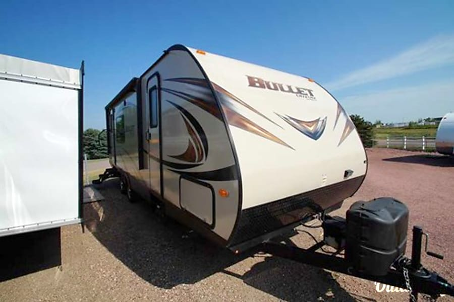 exterior 2014 Keystone Bullet Travel Trailer Mitchell, South Dakota