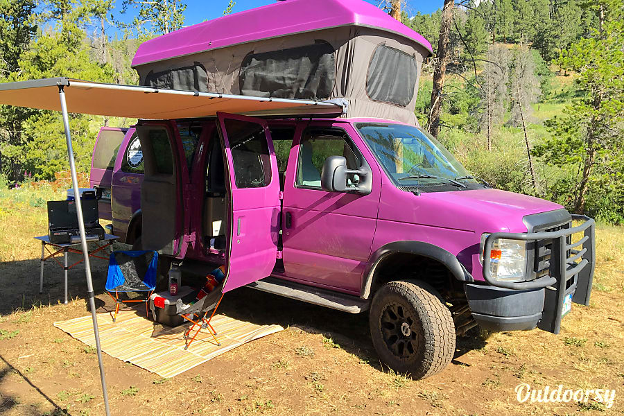 exterior 2011 Ford E-350 (Magilla) Fort Collins, CO