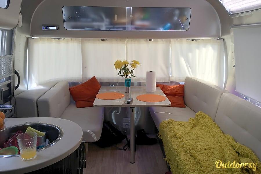 interior 2016 Airstream International Austell, GA