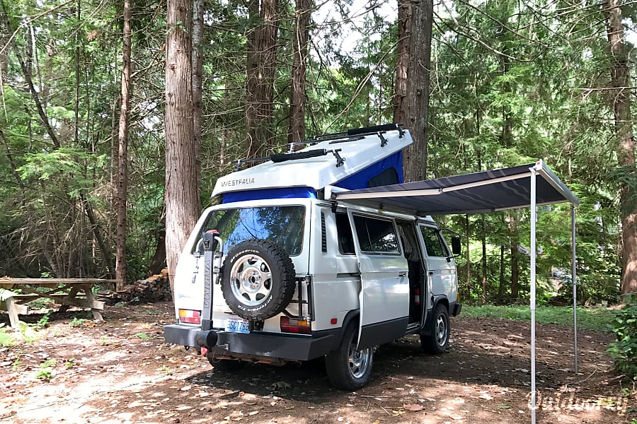 Halliday Adventures: Northway 1987 Volkswagen Westfalia Enumclaw, Washington