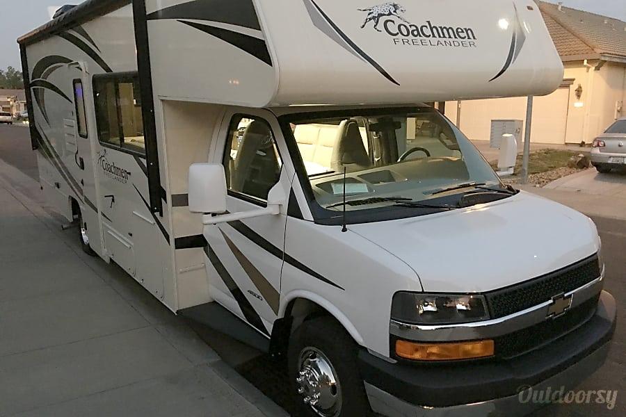 exterior 2017 Coachmen Freelander Sacramento, CA