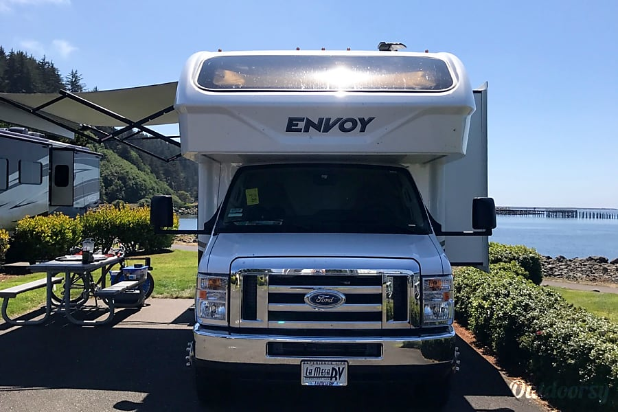 exterior 2018 Jayco Envoy 31L Sacramento, CA
