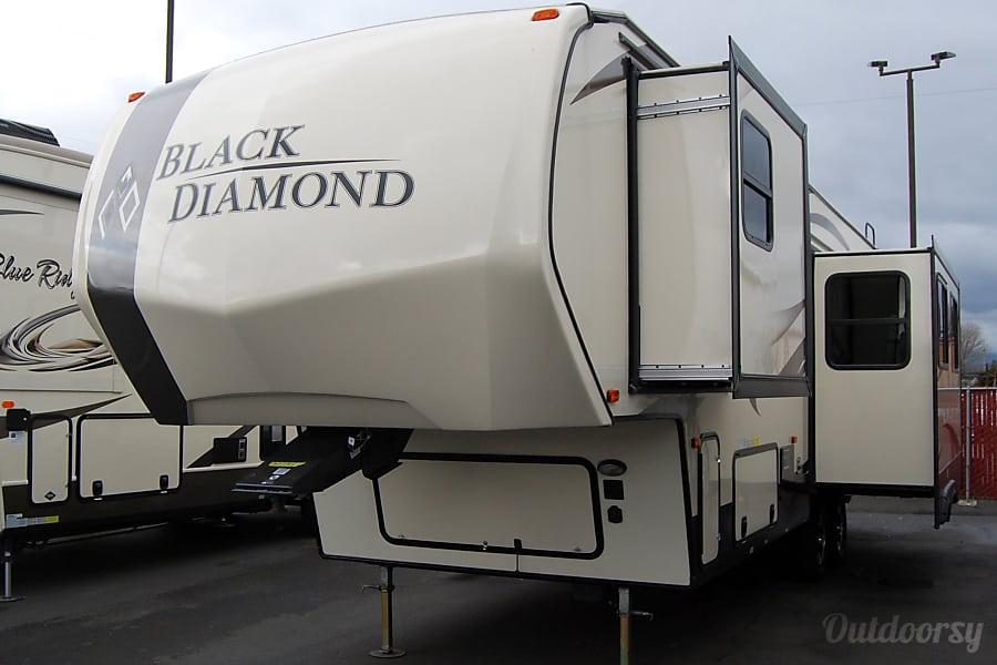 2017 Black Diamond 29RKPW Burlington, WA