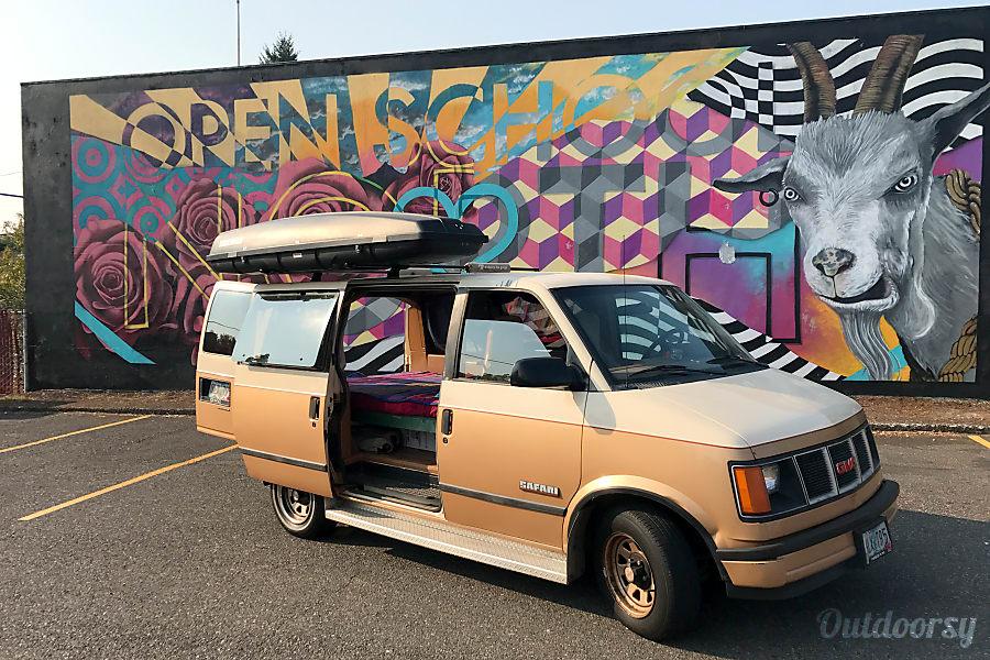 Sammy G // Portland, Oregon