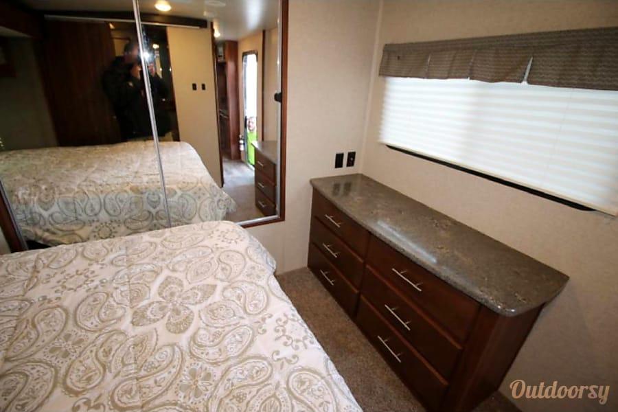 2018 Heartland Mallard 325 Travel Trailer West Jordan, Utah Heartland Mallard 325 Bedroom