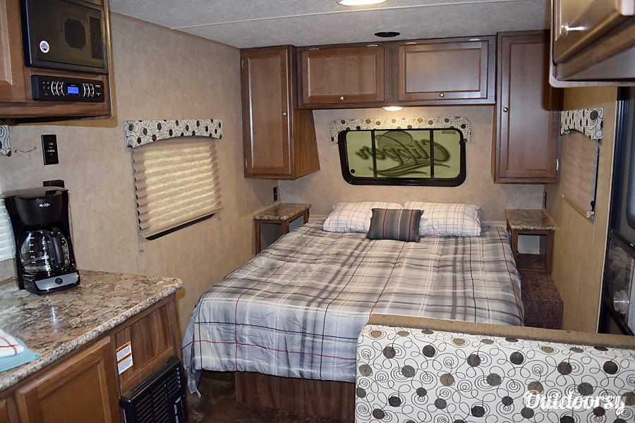 "2017 Coachmen Clipper (17') - nicknamed ""Bandera"" Houston, TX Queen size bed"