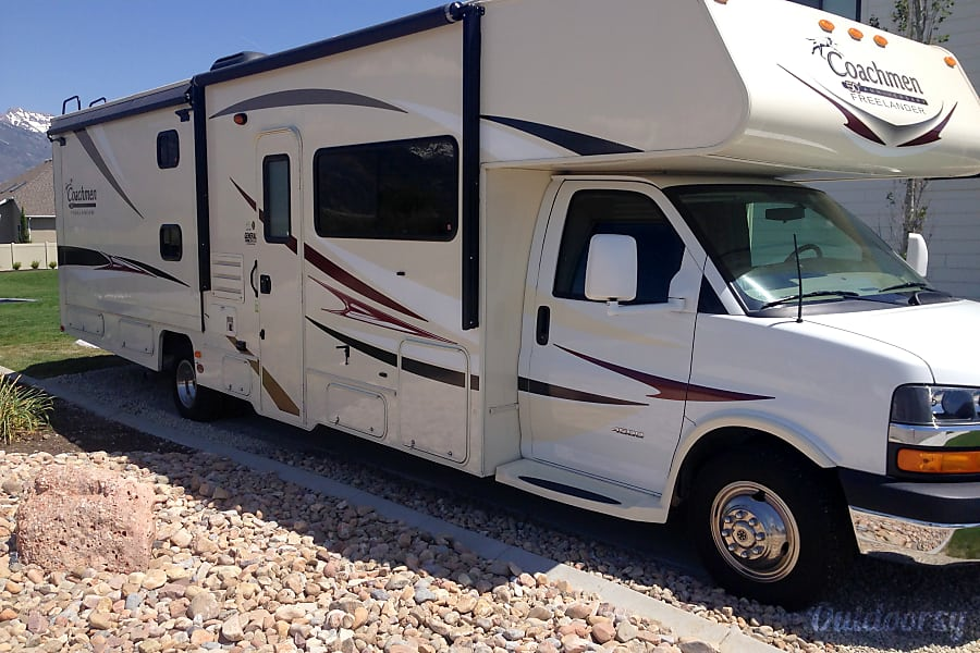 Clean 2014 Coachmen Freelander Lehi, UT